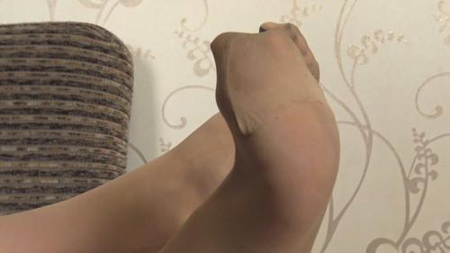 Yvonne - pantyhose teasing Full HD