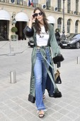 Emily Ratajkowski - Candids in Jeans out in Paris 9