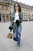 Emily Ratajkowski - Candids in Jeans out in Paris 18