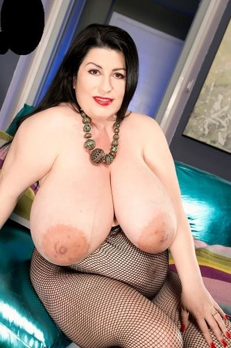 Natalie Fiore – Gigantic Boobs,Bump And Booty In A Body Stocking HD