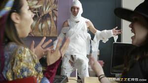 Rachel RoXXX - The Office Mummy, HD, 720p