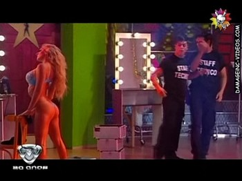 Noelia Marzol hot ass show off