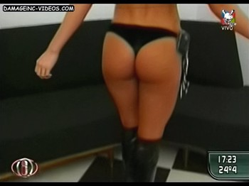 Dallys Ferreira tight butt in black thong