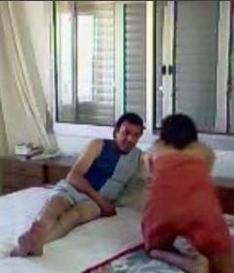 موظفة شرموطة مع المدير فى الفندق يظبط الكاميرة على السرير