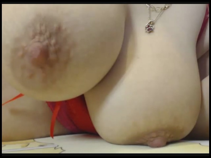 Sexy Beauties – Huge Boobs Webcam Video May 17, 2017