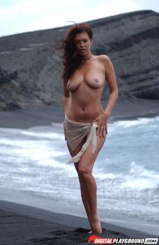 tera patrick island fever topless