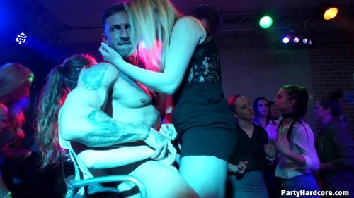 tainster - Party Hardcore Gone Crazy Vol. 35 Part 8, Amateurs girls, blowjob 29.05.17-1080p