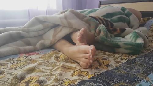 Amazon Sleepy Huge Big Feet Size-47