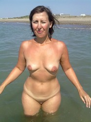 Criticising naked mature nudists outdoors something
