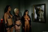 Lisa-Ann-Lust-Bite-The-Queen-Of-Lust-%28hardcore%29-v6s4oe9kb6.jpg