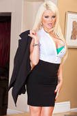 Alexis-Ford-Babes-In-Black-46s5qf37yv.jpg