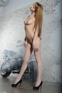Lina - Speed Lover