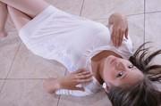 Ali Modelo - White Mini Dress45uk1wqez1.jpg