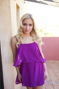 Cayla-Tarnel--g6qnac2117.jpg