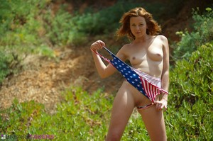 Elen Moore - Stars And Stripes