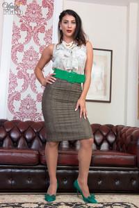 Roxy Mendez - Panty pull-aside delights